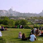 Azhar Park is always a favourite place for Egyptians to go out. During Eid El Fitr at the end of Ramadan it is especially busy.